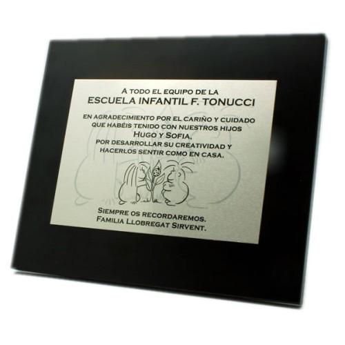 Placa conmemorativa sobre aluminio para sublimación (imagen y color) en madera especial lacada negra